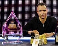 http://resources.pokerstrategy.com/2012/12/18/ivey-aussie.jpg