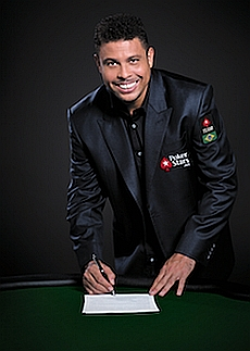 http://resources.pokerstrategy.com/2013/04/08/ronaldobohy60j47k.jpg
