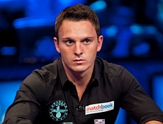 http://resources.pokerstrategy.com/2013/04/08/sam-trickett-wsop2012-bg-11.jpg
