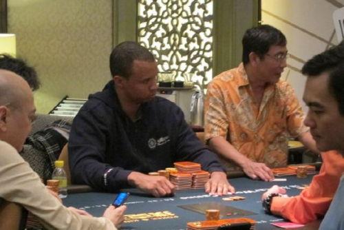 Macau poker cash games russian roulette live x factor